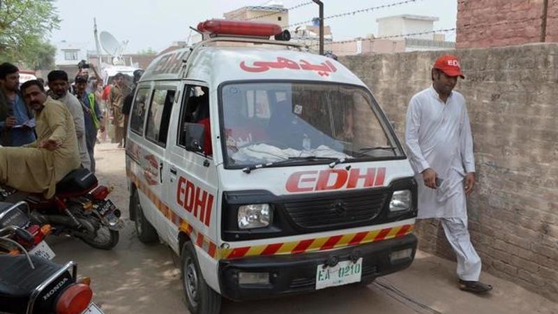 TikTok death Korangi Karachi stunt