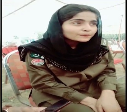 Punjab lady cop fired over TikTok video