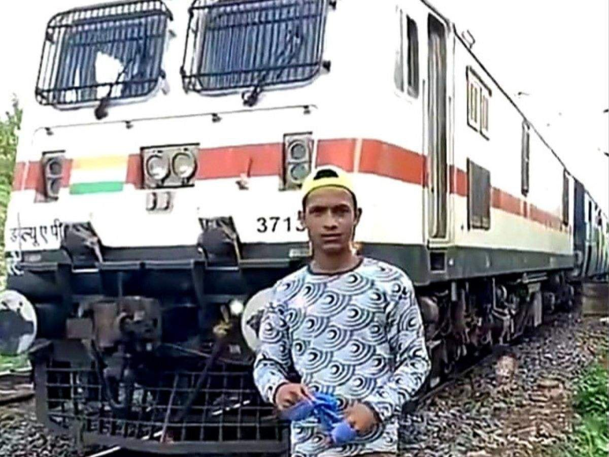 West Bengal Boy Dies After Getting Hit by Train While Shooting TikTok Video